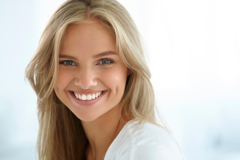 Zubna ordinacija Dentin Zagreb: djevojka s lijepim osmijehom