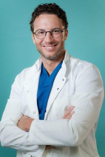 Dentalni centar DentIN, Zagreb: dr. Stipica Balić.