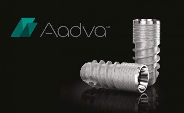 Dentalni centar DentIN, Zagreb: zubni implantati Aadva i logotip tvrtke proizvođača.